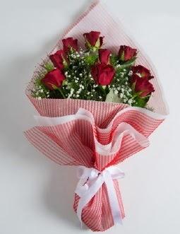 9 adet kırmızı gülden buket  Balıkesir çiçek satışı