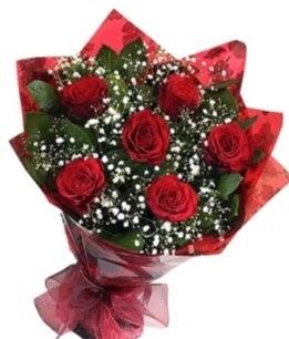6 adet kırmızı gülden buket  Balıkesir yurtiçi ve yurtdışı çiçek siparişi